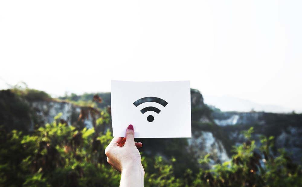 公共Wifiに接続する主なリスク