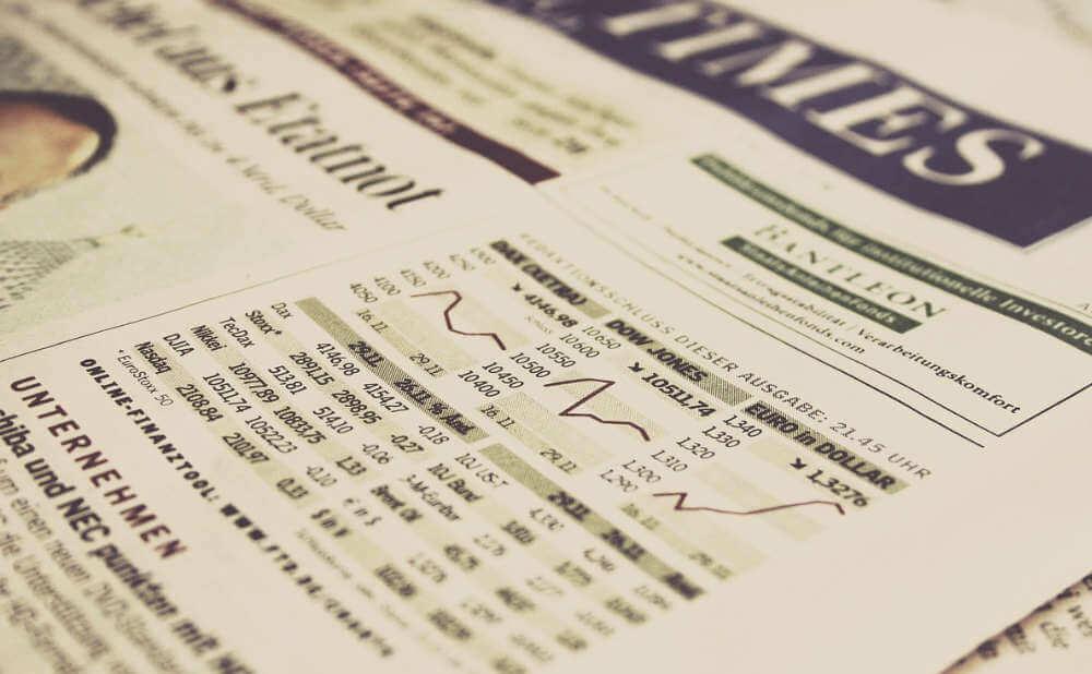 紛らわしい通常のインデックス投資信託との違い