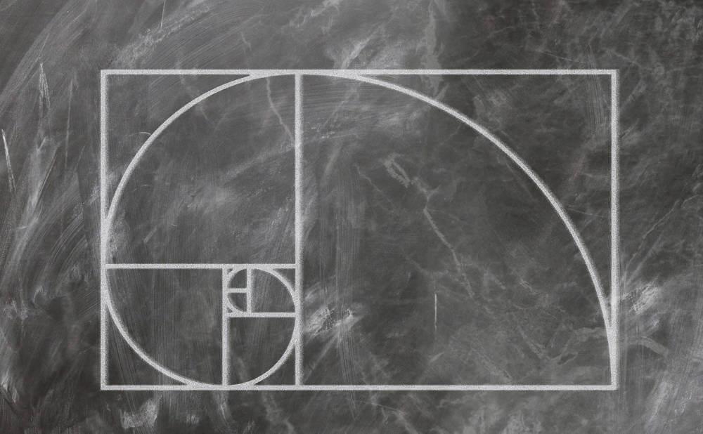 エリオット波動とフィボナッチ数列の関係性の画像